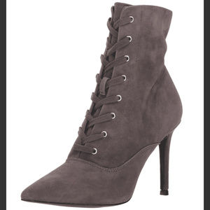 NEW Steve Madden Jinx Suede Lace Up Bootie